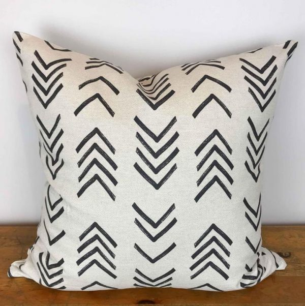 Natural Basketweave Pillow Cover with Charcoal Arrow Print