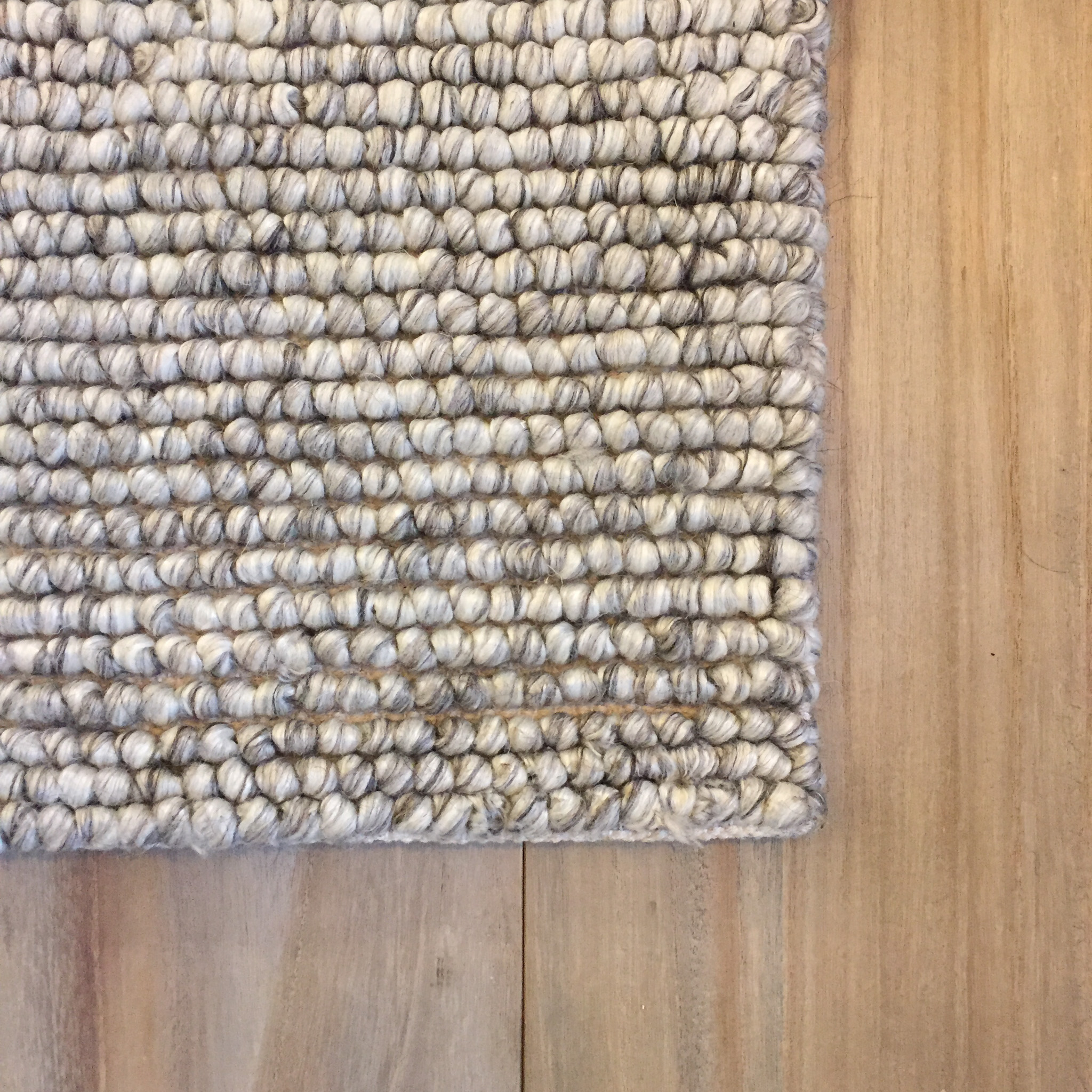 Large Loop Wool Area Rug Ivory Gray