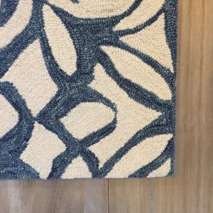 Chandelier Hooked Wool Rug Blue Navy Ivory