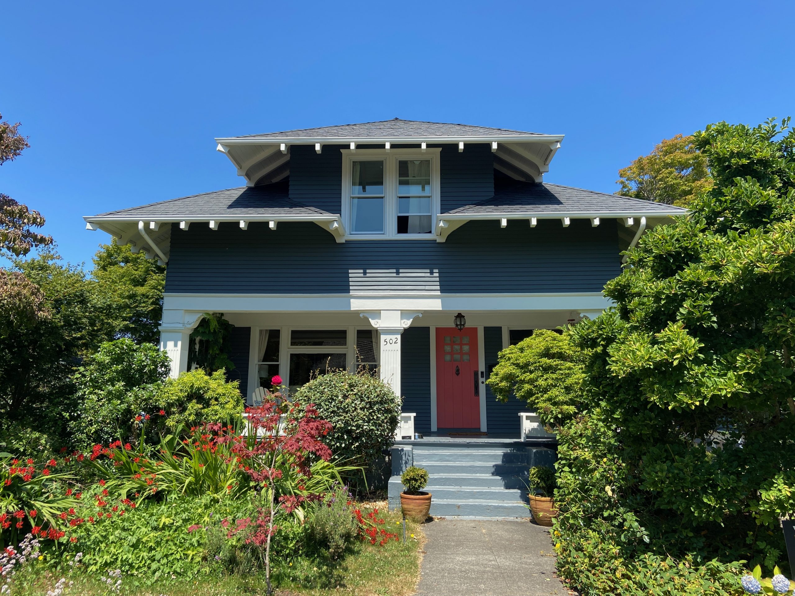 Benjamin Moore Stormy Monday Exterior Paint Color The Phinery