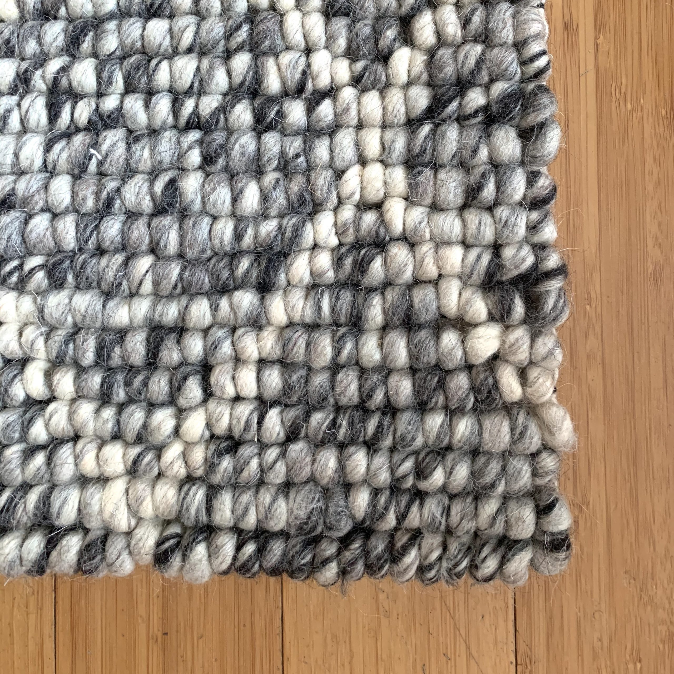 Diamond Looped Gray Rug