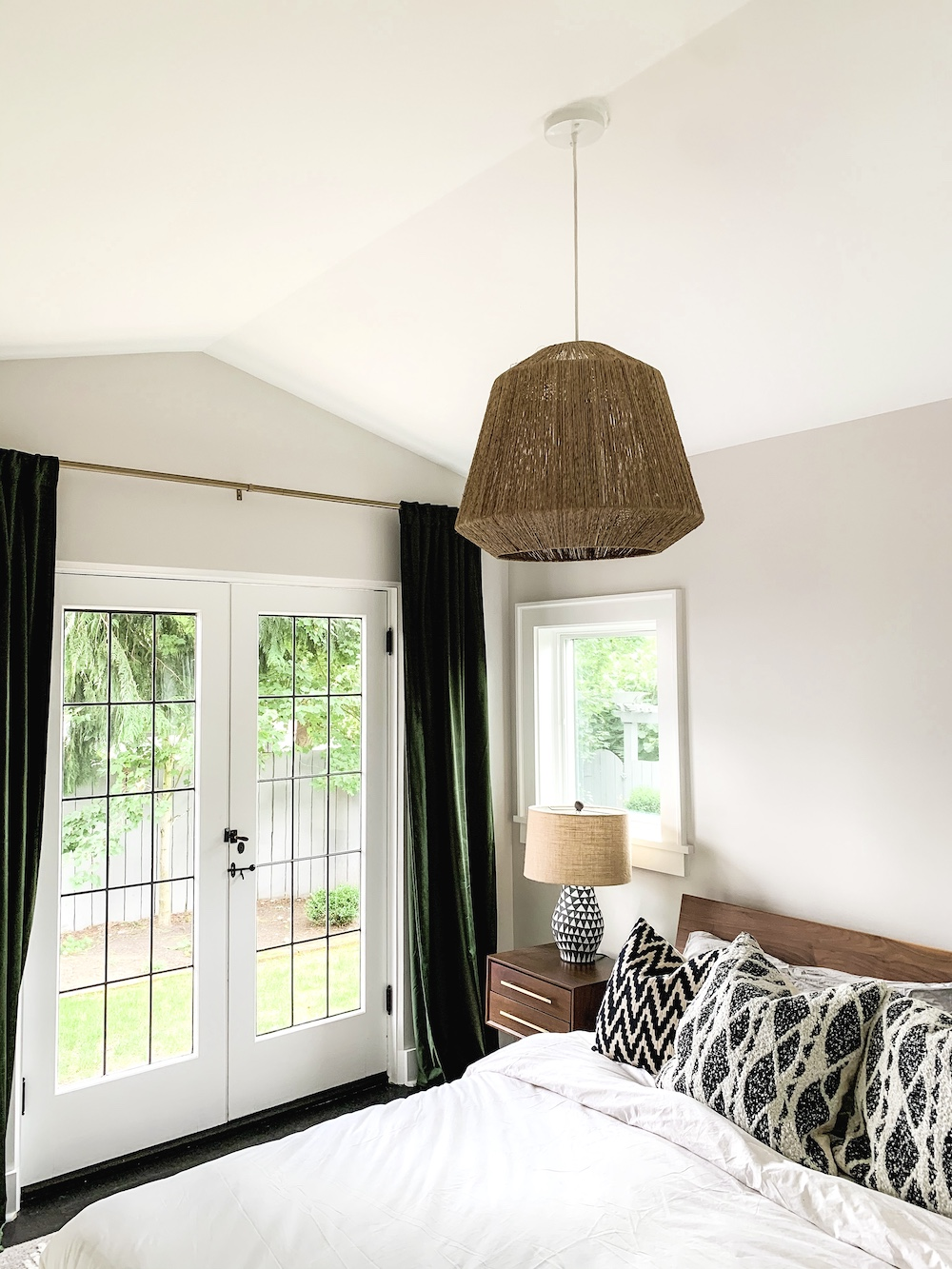 ThePhinery-Neutral-Layered-Bedroom01