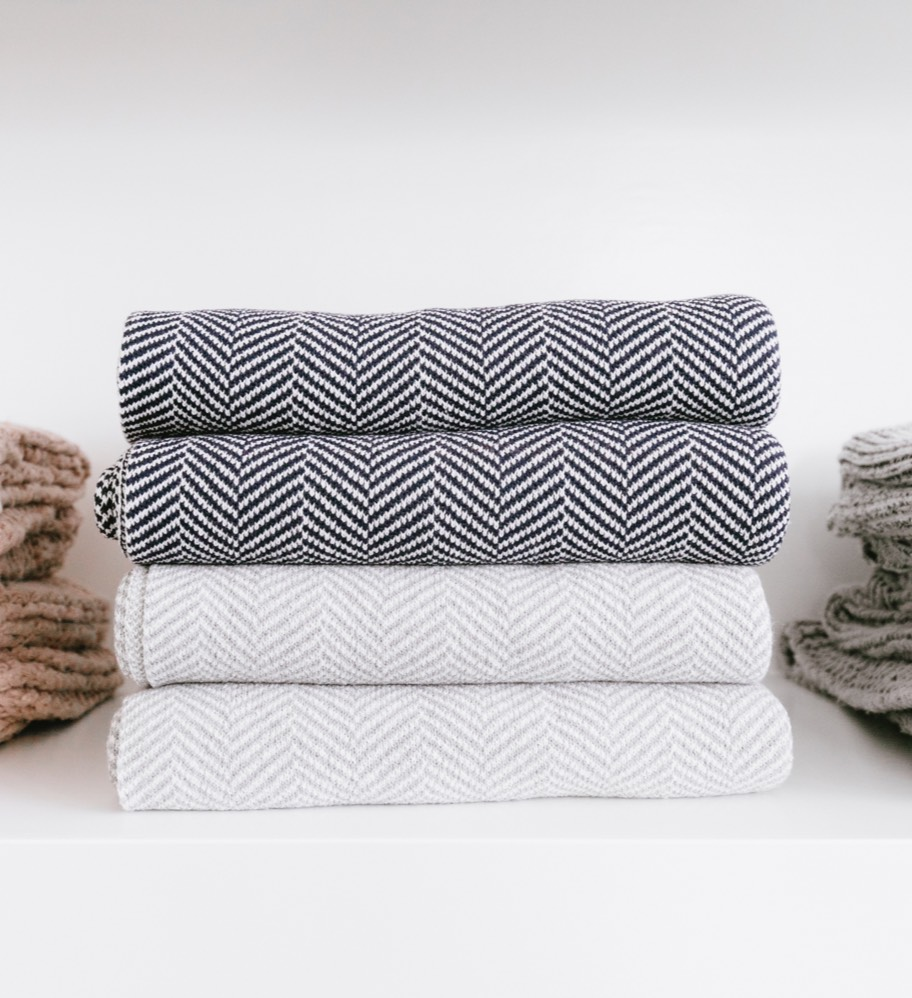 Seattle Home Store Shop Throw Blankets